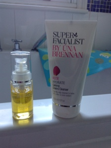 Una Brennan's Calming Creamy Cleanser and Miracle Makeover Facial Oil